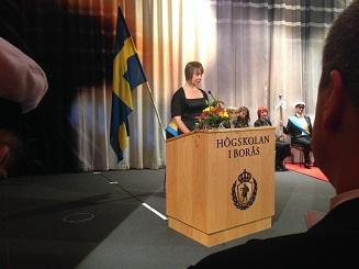 I dag var jag inbjuden gäst vid professorsinstallation och  doktorspromovering vid Högskolan i Borås. Två nya professorer och tre nya  doktorer firades i ... 2bcb7b6be66a8